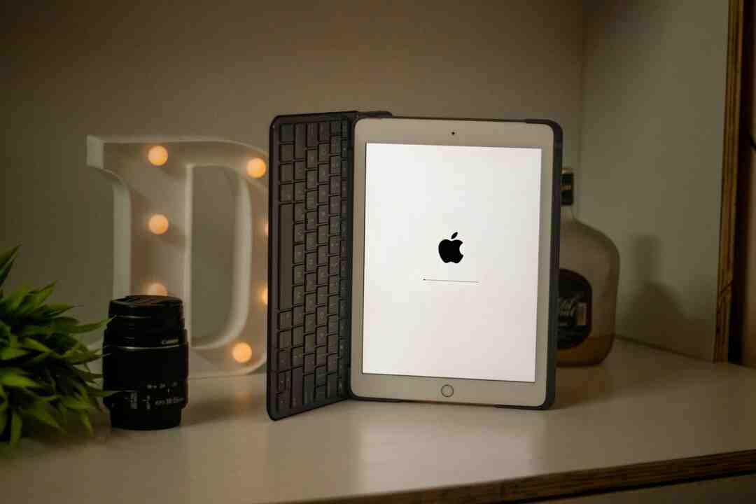 How do you link your iPad to your iPhone?