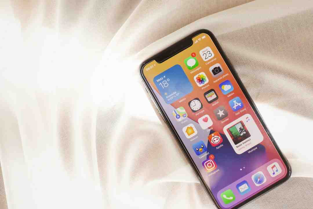 How much will the iPhone 12 cost in 2020?