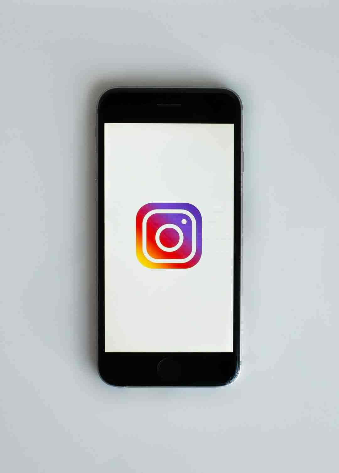 What are the negatives of Instagram?