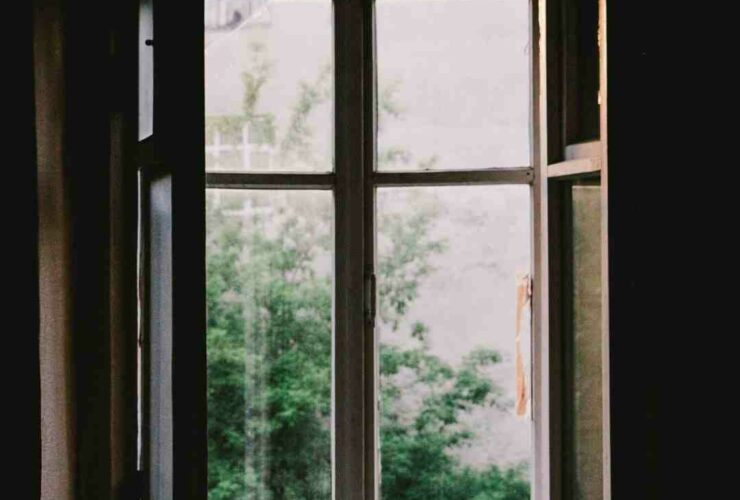 How much does it cost to get outside windows cleaned?